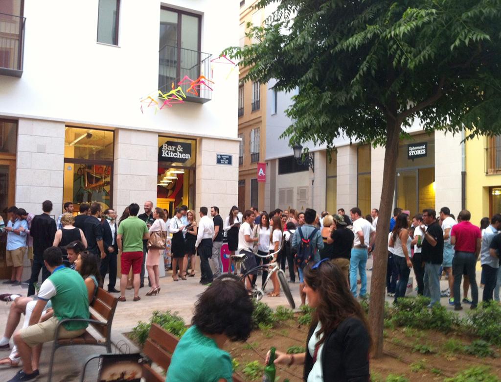 Mercado Tapinería plaza.lecoolvalencia