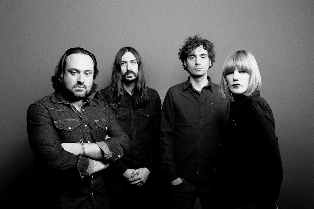 Aurora & the betrayers.lecoolvalencia